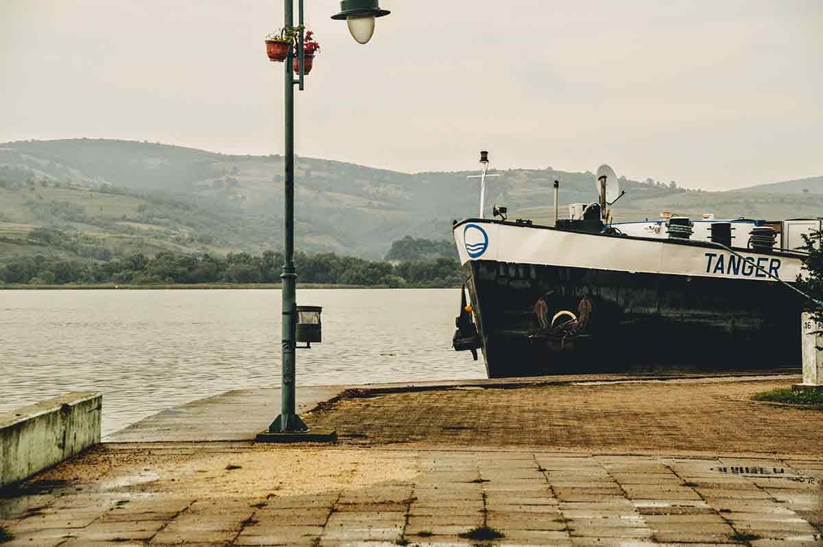 Die Donau bei Veliko Gradište im Donau-Land Serbien