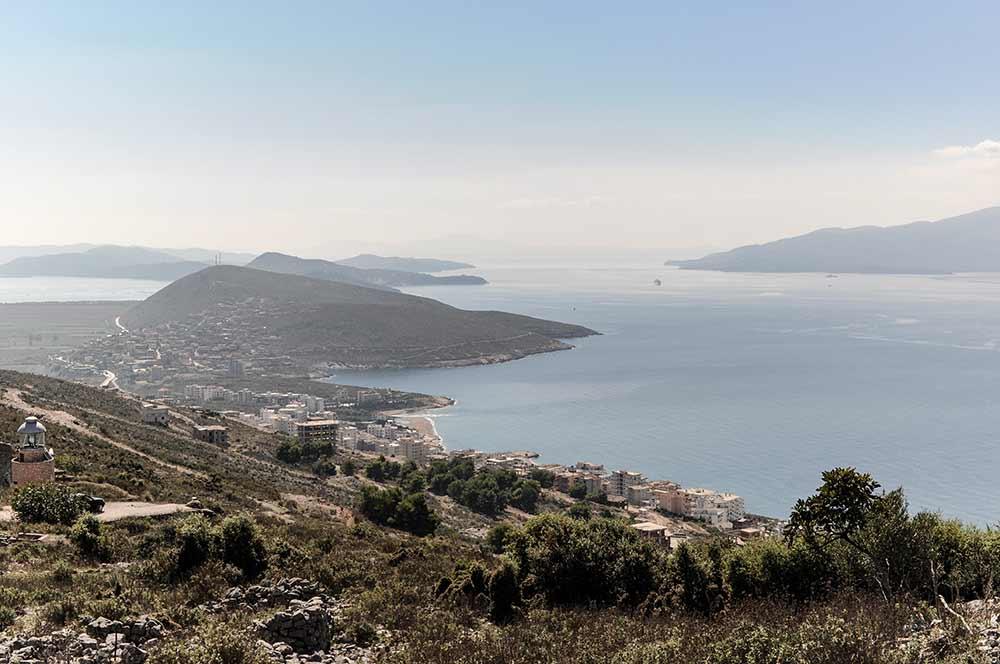 Aussicht über die Albanische Riviera und Korfu