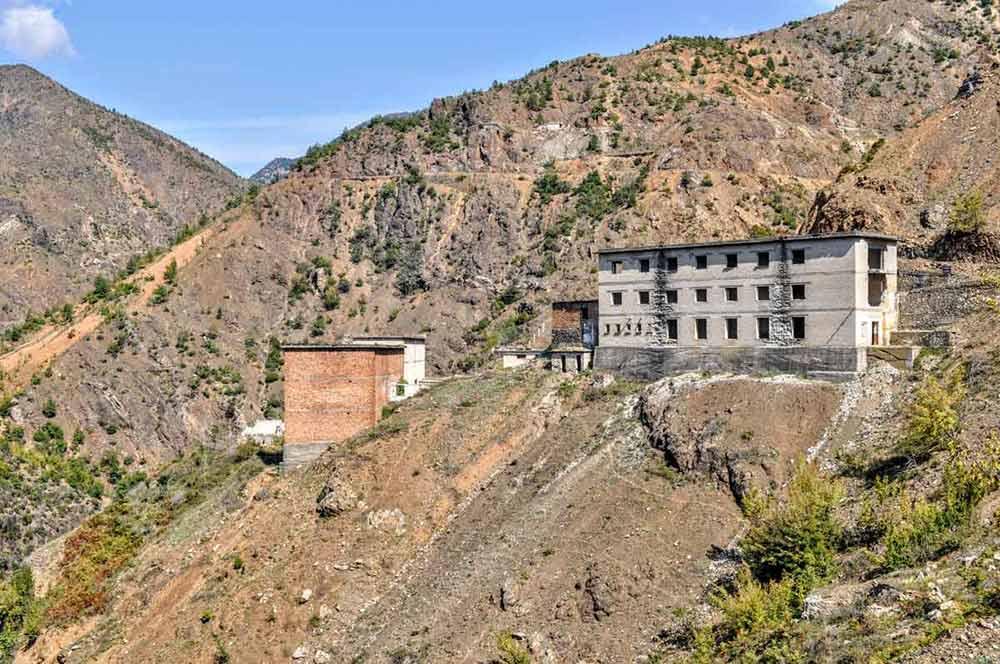 Sicht auf das Gefängnis Spaç