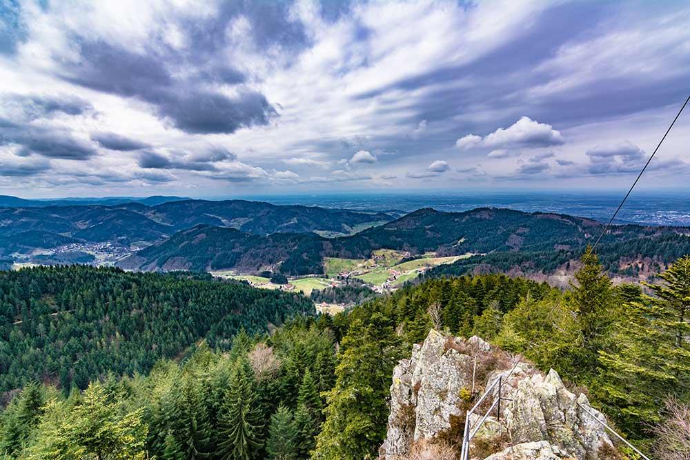 Aussichtspunkt im Nordschwarzwald: der Hohfelsen