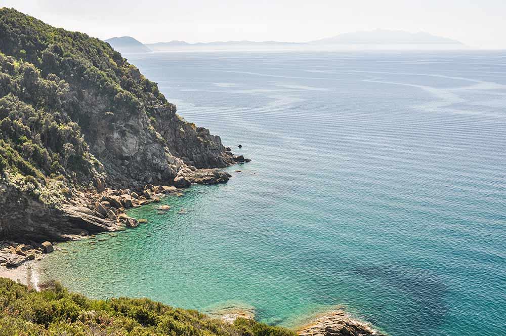 In diesm Bild ist die Küste der Toskana in Italien zu sehen. Vielleicht eine der schönsten Stellen aller Mittelmeer-Länder.