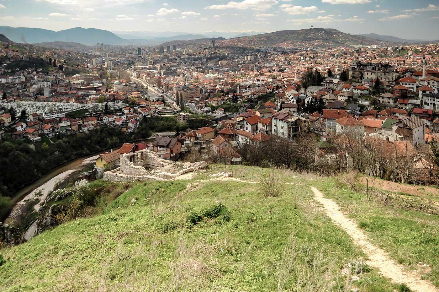 Sarajevo ist die Hauptstadt des europäischen Lands Bosnien und Herzegowina